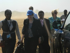 UNDP Administrator, Helen Clark on arrival in Chief Nyampande's area, Petauke, Eastern province, Zambia. Photo credit/UNIC Lusaka
